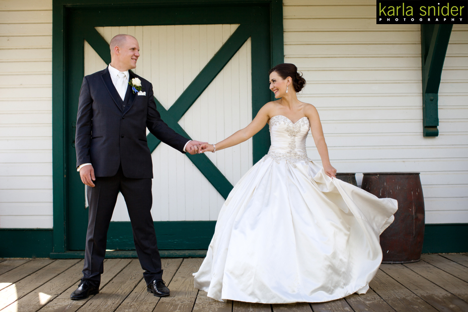 bride-and-groom_yeg-weddings